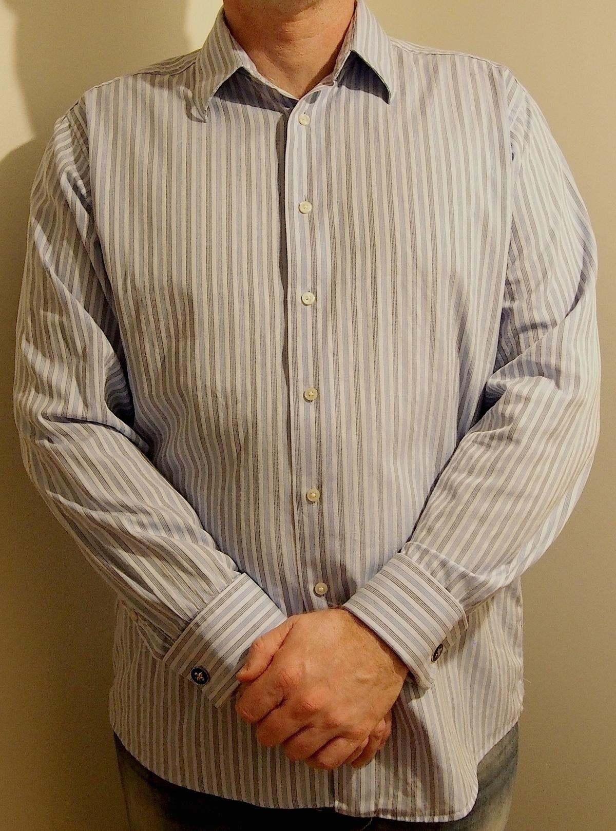 Ljus randig skjorta från Calvin Klein. Köpt för 99 sek på Tradera.